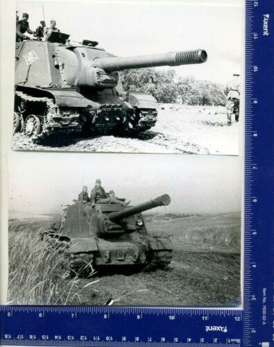 WW Vintage Gun Photo USSR tank ИСУ 122 & ИСУ 152 Joseph Stalin Era tankman