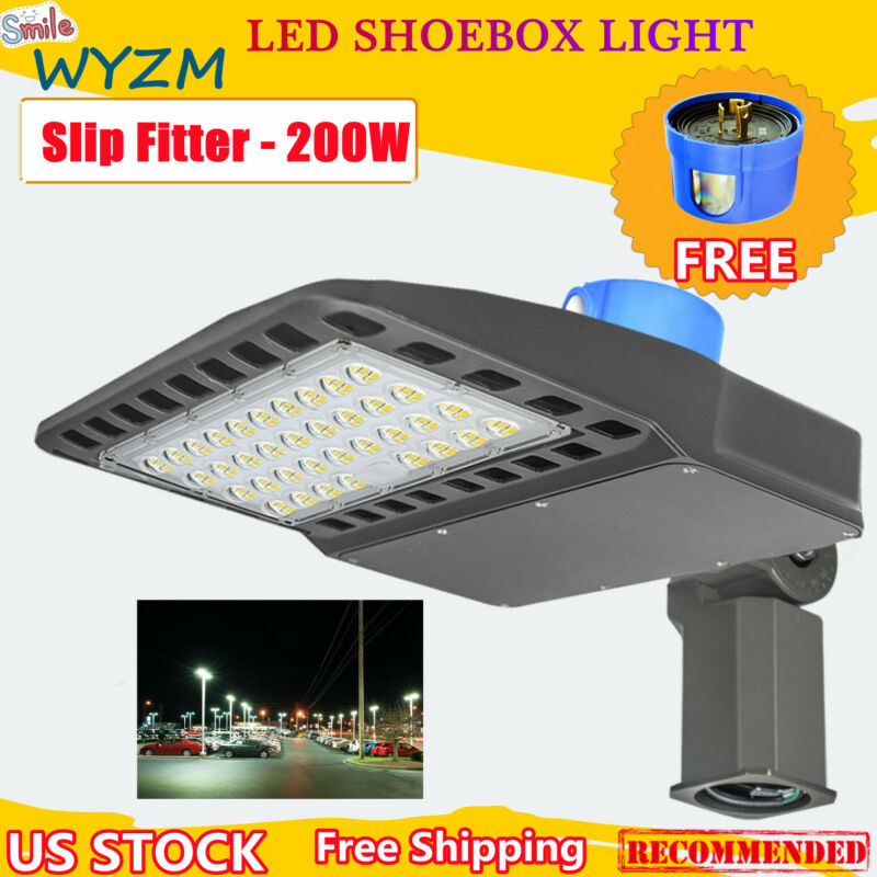 LED Parking Lot Light Dusk to Dawn Street Shoebox 200W Pole Lighting Commercial