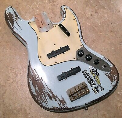 MJT JAZZ BASS AGED LOADED BODY - FENDER CS RELIC PICKUPS