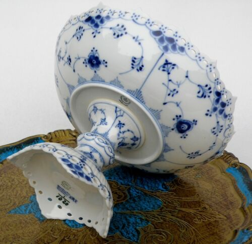 Royal Copenhagen Blue Fluted Full Lace Compote 1/1020