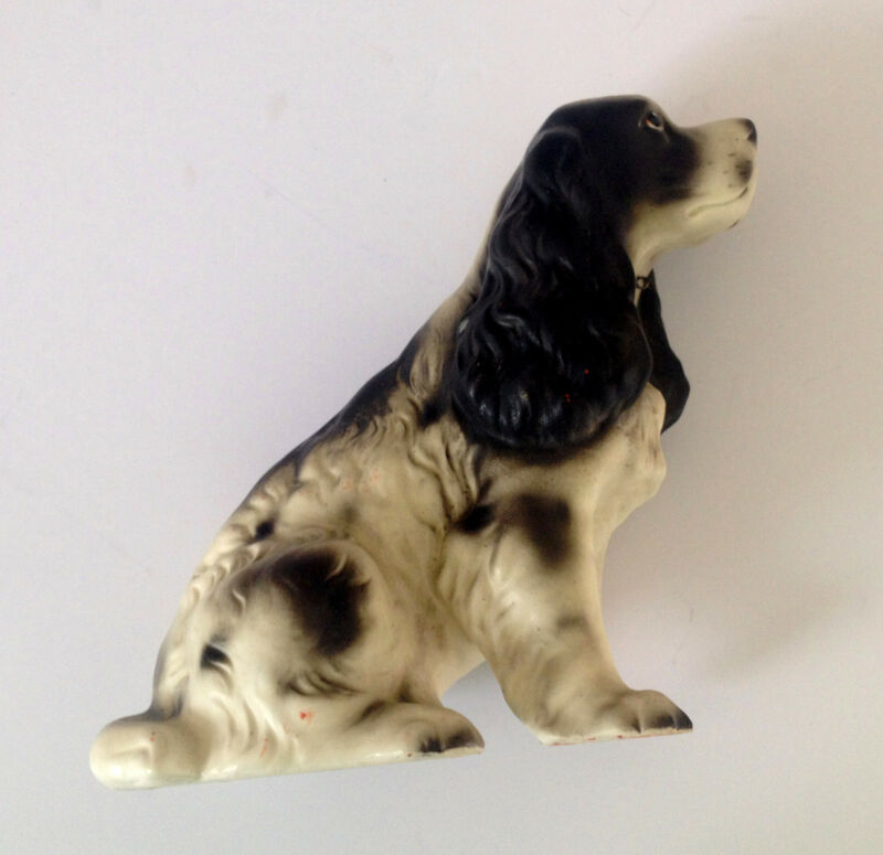 VINTAGE BLACK & WHITE COCKER SPANIEL DOG FIGURINE