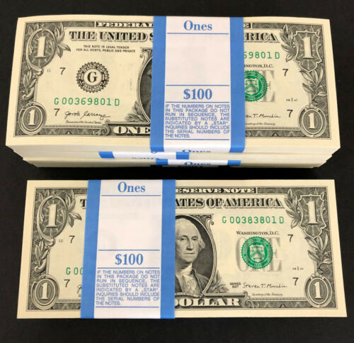 100 One Dollar Bills NEW Money $1 Notes G/D Pack Strap 2017 Chicago G Mint Stack