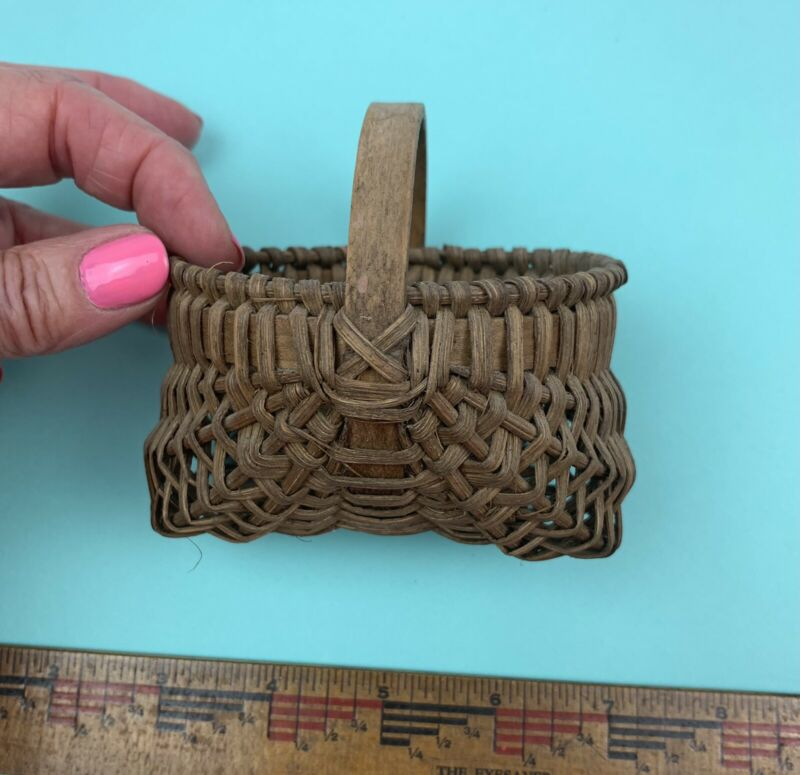 "Primitive MINIATURE Antique Buttock Basket 4"" X 3"" X 3"""