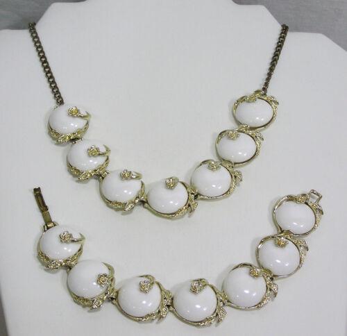 Vtg Jewelry Necklace Bracelet Set White Thermoset Discs Tiny Flowers 1950s