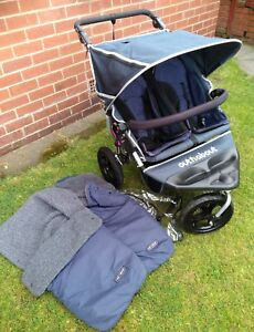 Out N About Double Nipper 360 Buggy with extras