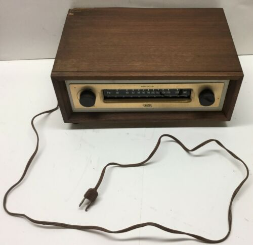 Very Nice Vintage EICO HFT-90 Tube FM Tuner-Works Great-Wood Shell/Casing