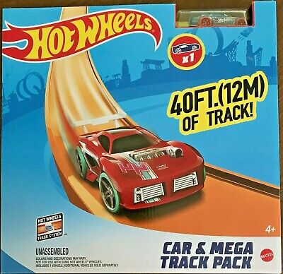 Hot Wheels Car & Mega Track Pack #FTL69 1:64 Scale Diecast