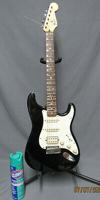 Fender Stratocaster Made in Mexico- Black and White
