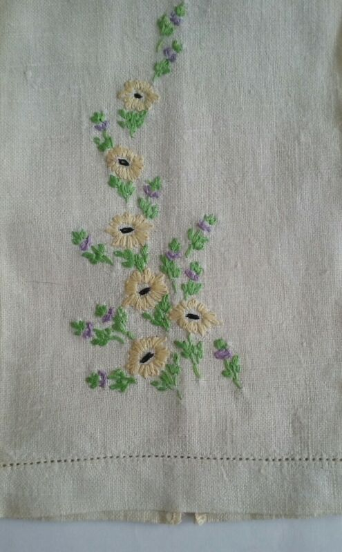 "VINTAGE 18"" LINEN TEA TOWEL ~ HAND EMBROIDERED YELLOW & PURPLE FLORAL DESIGN"