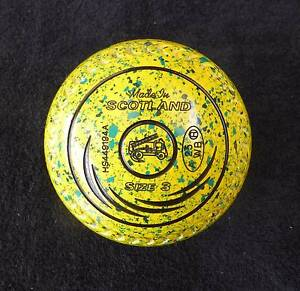 Lawn bowls Taylor SRV's size 3 AS NEW Ltd. Ed. Yellow/Green Spkle Happy Valley Morphett Vale Area Preview