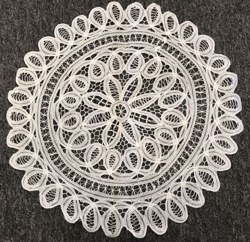 "18"" White Cotton Handmade Battenburg Lace Crochet Doily Doilies Round Wedding"
