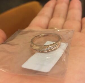 Unopened Stamped 18K Gold Plated Ring Size 6