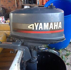 4 hp outboard Walkerston Mackay City Preview