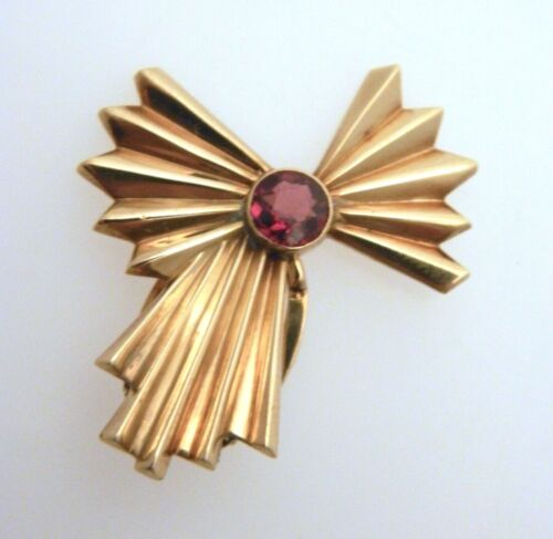 Vintage 14K Yellow Gold Award Ribbon/Bow Dress Clip with Red Garnet