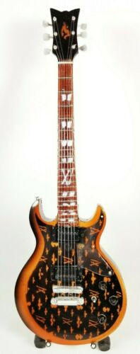 Avenged Sevenfold Zacky Vengeance Miniature Tribute Guitar with Stand - A7X4