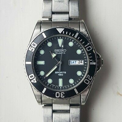 Seiko Vintage Classic Divers Watch Model 7N43 6120 Stainless Collectable