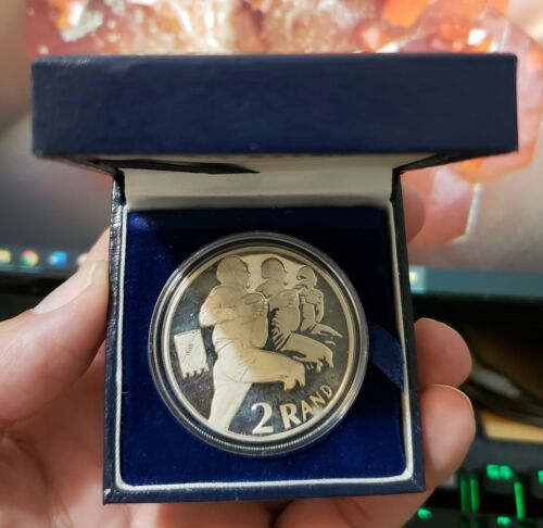 RUGBY WORLD CUP 1995 South Africa  Silver Proof 2 RAND R2 1 OZ CROWN SIZE COIN