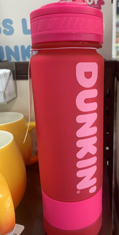 Dunkin Donuts Pink 27 OZ Hydration Sipper Bottle 2020 Plastic Tumbler Brand New