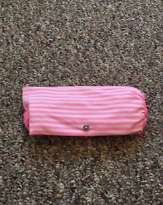 ❤️ADORABLE LULULEMON HOT PINK & WHITE STRIPED WIDE HEAD BAND