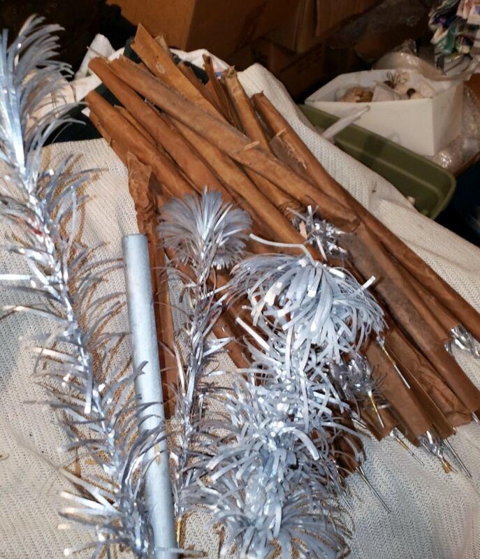 VINTAGE 4 FT POM POM ROYAL PINE ALUMINUM CHRISTMAS TREE *** FREE SHIPPING ***