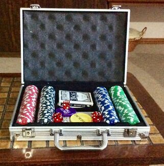 Poker Set Coromandel Valley Morphett Vale Area Preview