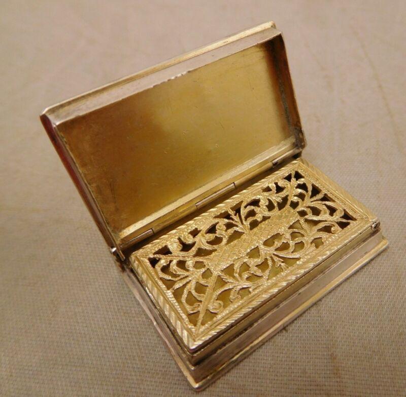 VICTORIAN COIN SILVER GOLD MINIATURE BOOK SNUFF BOX VINAIGRETTE TRINKET