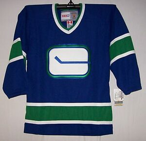 Vintage-1972-Vancouver-Canucks-Blue-CCM-550-Jersey-Large