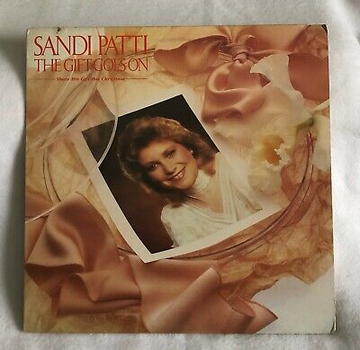 THE GIFT GOES ON,  by Sandi Patti  1983 vinyl record -