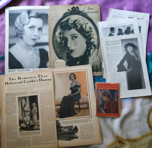Mary Pickford clippings lot