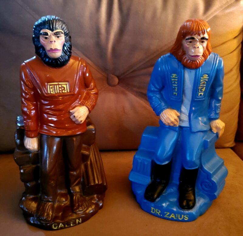 """1974 """"PLANET OF THE APES"""" Orig. Pair Of """"DR ZAIUS"""" & """"GALEN"""" PLAY PAL COIN BANKS"""