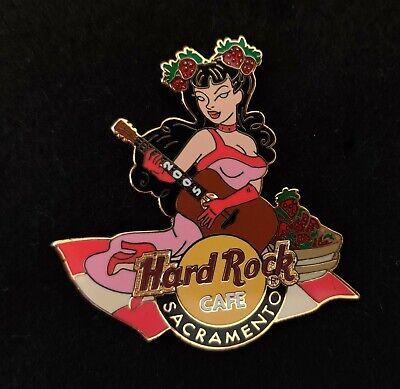 Hard Rock Cafe Pin Sacramento Sexy Girl with Guitar 2005 LE300 segunda mano  Embacar hacia Mexico