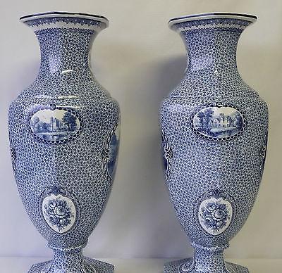 Paire de vase bleu en céramique décor louis xvi blasons romantique pied douche