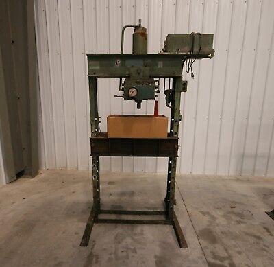 10824 Dake 75 Ton Air-operated Hydraulic Press Model 6-275