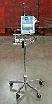 Critikon Dinamap Compact Bp Vital Signs Blood Pressure Monitor 200000 On Stand