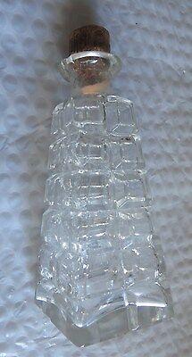 Carafe en cristal ou bouteille à parfum avec bouchon de liège -