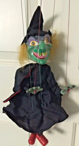 Vintage Pelham Puppet Marrionette Green Witch England EVC!