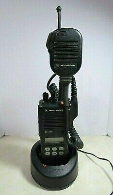 Motorola Mts2000 Model Ii Radio H01ucf6pw1bn 806-869 Mhz With Charger Mic