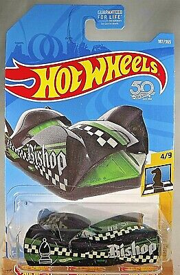 2018 Hot Wheels #187 Checkmate-Bishop CLOAK and DAGGER Black/Green w/OH5 Spokes