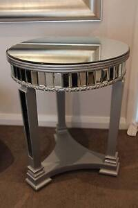 Mirrored Side Table Dingley Village Kingston Area Preview
