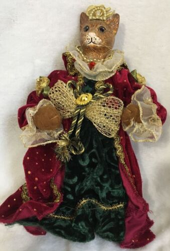 Cat Kitty Feline Queen Empress Hangable Ornament Red Green Christmas