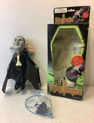 Halloween Flying Vampire Flashing Red Eyes Flapping Wings Magical Key Animated