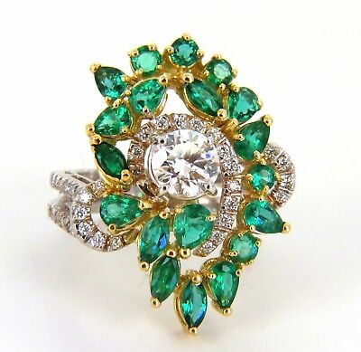 GIA certified 4.06ct. Emerald & Diamonds Cocktail Cluster ring 18kt 1