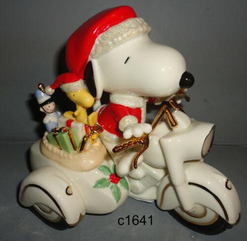 Lenox Peanuts SNOOPY MIDNIGHT RIDE Motorcycle Santa Chrismas Figure NEW COA