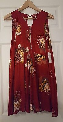 NwT - Free People Red Floral Front-Tie/Key-Hole Back Tunic Top Size Medium