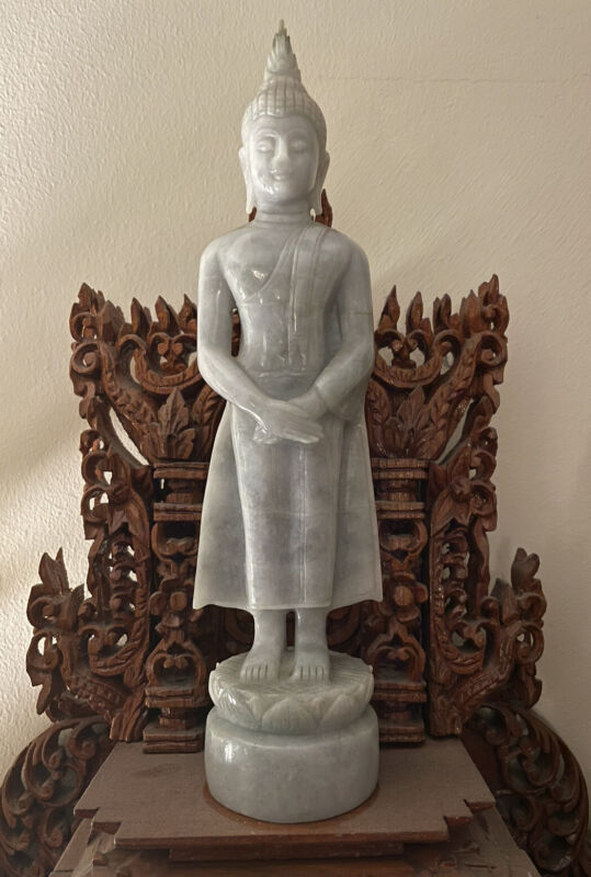 ANTIQUE NATURAL JADE STANDING BUDDHA (LAVENDER COLOR)