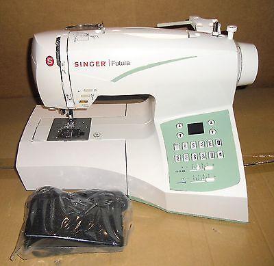 Швейная машина Singer Futura CE-250 Computerized