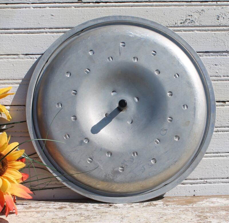 Vintage Aluminum Lid with Steam Vents - 11 1/2""