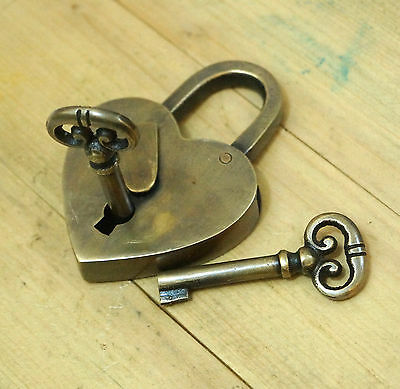 Vintage Solid Brass Heart Love PADLOCK and SKELETON Keys Antique padLock
