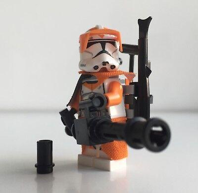 Lego Star Wars 212. Clone Trooper + Top Custom Equipment & Mini Gun ()
