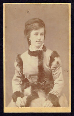 CDV Photo 1870s Women Dress Decorated with Fur Fashion Wien Rare (2935)